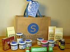 Steenbergs Christmas Hamper Competition - BakingBar are giving away a wonderful hamper from Steenbergs Organic. Lots of Christmas flavours.