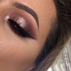 Sharp wing and shimmery eyes.
