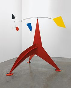 Rosso, blu, giallo. Alexander Calder, Trepied, 1972.