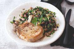 Vepřové kotlety s fazolemi na víně Grains, Rice, Chicken, Meat, Food, Essen, Meals, Seeds, Yemek