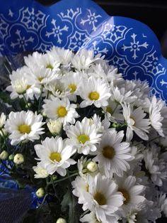 Luxo de Lixo Arte e Criação Flores para uma flor de pessoa... By Val