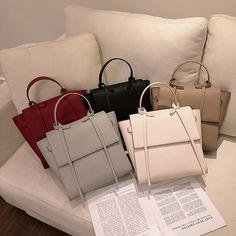Fashion Large Capacity Totes For Women Handbags Chic Designer Handbags Luxury Pu Leather Shoulder Bags Tassel Crossbody Bags 202 Fashion Handbags, Purses And Handbags, Fashion Bags, Luxury Purses, Luxury Bags, Tote Backpack, Cute Bags, Small Bags, Leather Shoulder Bag