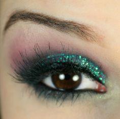 maquiagem-colorida-passo-a-passo-1 : via Tudo Make – Maior blog de maquiagem, beleza e tutoriais de Curitiba.