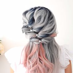33 blue ombre hair color trend in 2019 2 Grey Hair Wig, Blue Ombre Hair, Hair Styles 2016, Long Hair Styles, Pelo Multicolor, Ombre Hair Extensions, Box Braids Hairstyles, Short Hairstyles, Tail Hairstyle