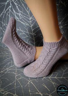 Neuen : Regia Premium Silk sokken wol in de test , Baby Hats Knitting, Knitting Socks, Knit Socks, Baby Cardigan, Silk Socks, Big Knit Blanket, Big Knits, String Bag, Boot Cuffs