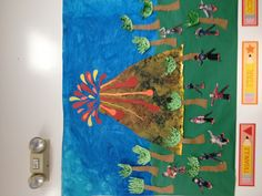 Dinosaur week- my preschool classroom! Volcano, hand painted sky, dinosaur tails and feet and handprint palm trees Preschool Projects, Preschool Education, Preschool Classroom, Classroom Themes, Dinosaur Classroom, Dinosaur Theme Preschool, Preschool Themes, Bulletin Board Tree, Cute Bulletin Boards