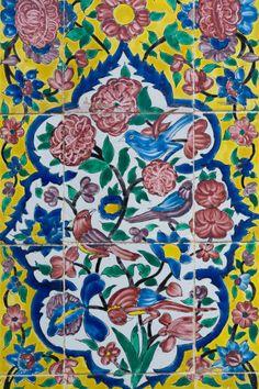 Persian Architecture, Art And Architecture, Islamic Art Pattern, Pattern Art, Tile Art, Mosaic Art, Really Cool Drawings, Islamic Tiles, Paisley Art