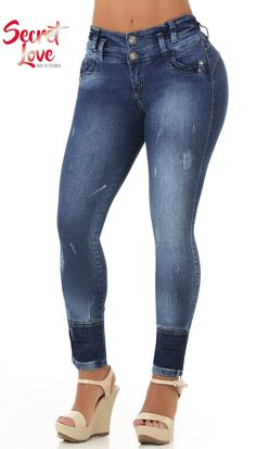 Basic Style, Normal waistband, mold and reduce, Suggested for People with Short Stature, Without Back Pockets , High Elasticity Light Weight Fabric, Fits True to Size, With 2 Buttons in Front and Zipper, Handmade Trouser Jeans, Denim Pants, Jeans Refashion, Painted Jeans, Clothing Hacks, Basic Style, High Waist Jeans, Jeans Style, Alter
