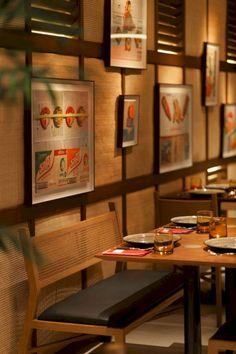 korean restaurant 15 Stylish Interior Design Ideas For Thai Restaurant 3 Small Restaurants, Asian Restaurants, Restaurant Interior Design, Home Interior, Stylish Interior, Restaurant Interiors, Chinese Interior, Cafe Interiors, Bar Restaurant Design