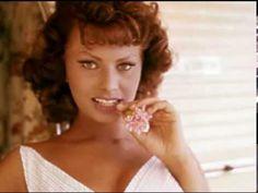 Sophia Loren - Bing! Bang! Bong! - YouTube