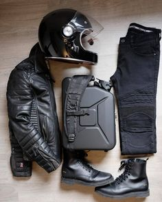 Leather essentials with Boda Skins, shot by Nick Jans. Leather essentials with Boda Skins, shot by Nick Jans. Motorcycle Boots Outfit, Retro Motorcycle, Cafe Racer Motorcycle, Motorcycle Style, Motorcycle Accessories, Motorcycle Fashion, Motorcycle Riding Gear, Cafe Racer Helmet, Biker Gear