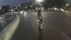 In occasione del Go Skateboarding Day 2012, ci siamo organizzati per offrire un test longboard nella splendida location di Piazza Castello a Milano (con discesina super easy per provare anche qualche slide!), la vostra risposta si è fatta sentire e vedere, siete arrivati in tanti ed eravate assetati di acero, uretano, fibra di vetro e asfalto.  RADICAL-SHOP.COM