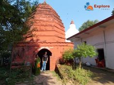 An Island with a Temple http://www.exploretours.in/an-island-with-a-temple/ Uma-nanda is a Shiva and Parvati temple located at the Peacock Island in the middle of river Brahmaputra.There is nothing more without temple.....\ #exploretours #onefamilyonevision #myfamilytravels#tour #travel #myindia #myclick #travelindia #traveler #blogers #travellife #travelblogger #travelgram #capture #natureshots #tw #g #travelphotografy #instatravelblog E: contact@exploretours.in