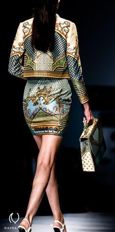 Pankaj & Nidhi's The Grammar Of Ornament at the Wills Lifestyle India Fashion Week Spring / Summer 2014 African Print Fashion, Ethnic Fashion, Fashion Prints, Indian Fashion, High Fashion, Fashion Design, Couture Fashion, Runway Fashion, Fashion Outfits