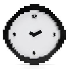 There's no need to squint, this pixel clock is actually designed to look retro just like an computer game! It features blocky edges and a classic number font just like classic, old computers from back in the day. Wall Clock Black And White, Black White, Computer Video Games, Minecraft Room, 8 Bits, Look Retro, Deco Originale, Old Computers, Time Clock