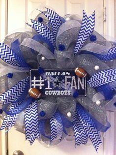 Deco Mesh Dallas Cowboys Wreath by DebbiesDoorDelights on Etsy