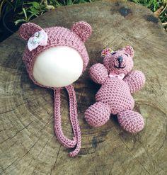 Kit confeccionado em crochê em fio antialérgico  Cor rosa antigo  Tamanho RN