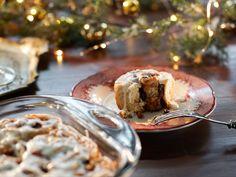 Christmas Morning Cinnamon Rolls recipe from Valerie Bertinelli via Food Network