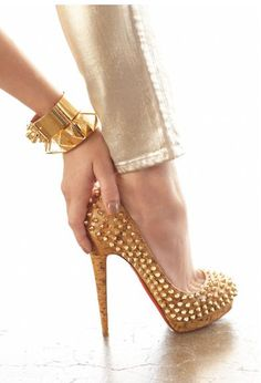 #Christian Louboutin cork.  #High Heels #2dayslook #highstyle #heelsfashion  www.2dayslook.com
