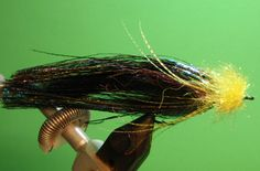 Fly Tying Tutorials by Matt Zudweg: Zuddy's Wicked Leech of the Midwest