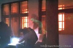 Z.Meck News: Sobrenatural: Fantasma de uma senhora em um prédio... A biblioteca na Old Library de Stafford, no Reino Unido, possui mais de 100 anos, e é acreditado pelas pessoas, que lá vive um fantasma de uma mulher... https://zmecknews.blogspot.com.br/2017/05/sobrenatural-fantasma-de-uma-senhora-em.html