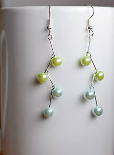 great simple and quick idea for DIY earrings