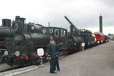 After first appearing in World War I, Russian military train technology protected the country throughout the entire 20th century. Armored trains, large-caliber artillery installations and rail-based missile systems continue to serve Russia also in the 21st century. RBTH looks at three of the most unusual special-purpose trains.