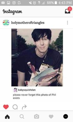 People be finding all the hot ass pics of Dan and Phil ,that even they forgot about, and im sat here finding nothing but bad wifi and stale crisps ;-;