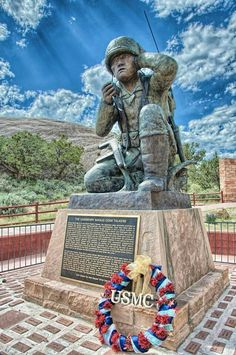 This is a statue honoring the Navajo Indians because they where the code talkers during the world war and also because many of them died in the field. By Lizette Native American History, Native American Indians, Monuments, Grimm, American Code, Code Talker, Navajo Nation, Military History, Military Men