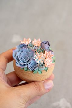 Polymer Resin, Polymer Clay Charms, Polymer Clay Jewelry, Diy Doll Miniatures, Polymer Clay Miniatures, Diy Clay, Clay Crafts, Rainbow Treats, Cactus Plante