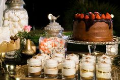 Mesa de dulces y salados | Sweet and savoury pastries tables