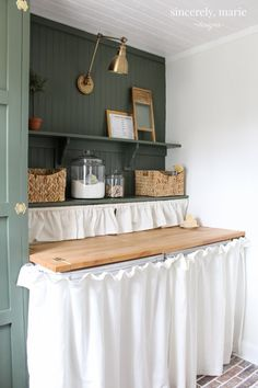 Green paint color Laundry Room Update in Classic Dark Green - Sincerely, Marie Designs Laundry Room Wall Decor, Laundry Room Design, Room Decor, Laundry Rooms, Mud Rooms, Small Laundry, Laundry Closet, Green Accent Walls, Laundry Room Inspiration