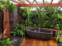 Outdoor shower & bath garden... Yes, Please!