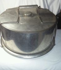 Vintage Cake Keeper, Portable Carrier with Lid, Metal