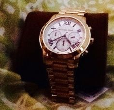 Michael Kors Michael Kors Midsized Gold tone Cooper chronograph unisex watching MK5916