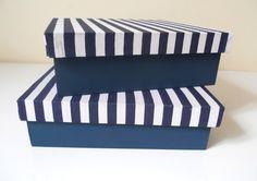 Duo de caixas com tampas forradas com tecido