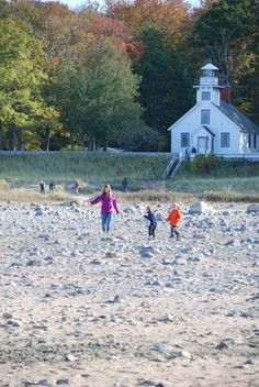 Visit a historic lighthouse and immense beach near Traverse City: Old Mission Lighthouse - Traverse City, MI - Kid friendly activity reviews - Trekaroo