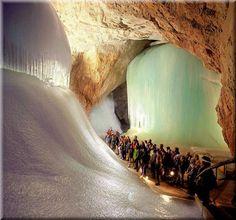 Cueva glaciar Eisriesenwelt Werfen, Austria