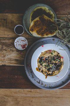 Pasta z dyni i tahiny, z cynamonem, syropem z daktyli i świeżą kolendrą. Fall Dishes, Tahini, Butternut Squash, Lunch, Breakfast, Ethnic Recipes, Food, Morning Coffee, Eat Lunch