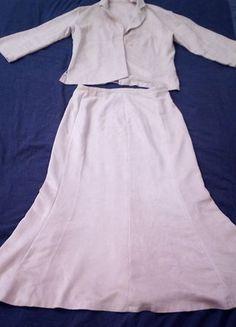 À vendre sur #vintedfrance ! http://www.vinted.fr/mode-femmes/ensembles-and-tailleurs/31763079-ensemble-tailleur-leger-veste-et-jupe-longue-beige-creme