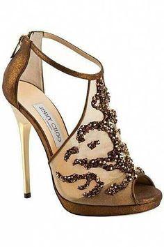 "Jimmy Choo sal my altyd aan my ma laat dink! In matriek wou ek 'n paar Jimmy Choo's hê en my ma het na die prys gekyk en gesê ""al wat Jimmy gaan chew is my geld!"" by Gudrun Heike Stilettos, Stiletto Heels, High Heels, Gold Heels, Giuseppe Zanotti Heels, Prom Heels, Shoe Art, Jimmy Choo Shoes, Fashion Heels"