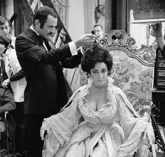 Elizabeth Taylor on the set of 'A Little Night Music'