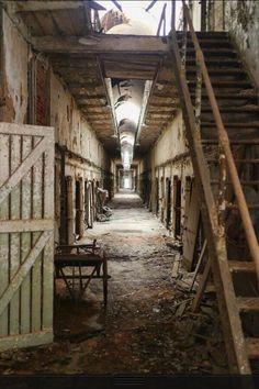 Abandoned Pennsylvania jail <> (old wood & history, timeworn wooden wonders)