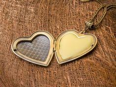 NEROLI Princess Solid Perfume Locket, Bride Gift, Bridesmaid Gift, Organic Fragrance, Heart - Shaped Bronze Locket, Natural Perfume, Chic