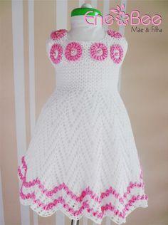 Vestido de Crochê infantil forrado feito em linha de algodão. <br>Tamanho: 4 anos