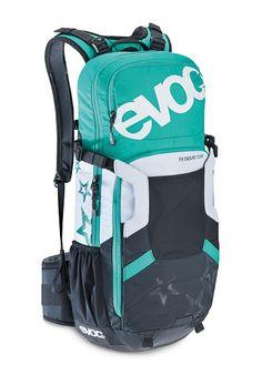 7a59f04a9dd02 EVOC FR Enduro Team 16L - Rucksack für Damen - Grün