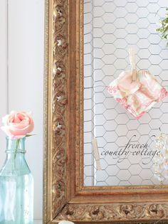 chicken wire + old frame = dream board