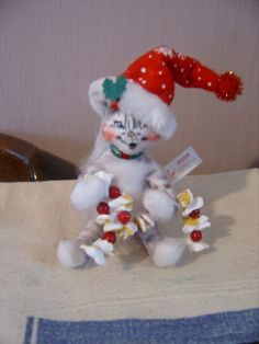 Never to early to buy for Christmas  This cat is holding the popcorn garland ready for tree trimming  from Ecrater seller Zantana Creations