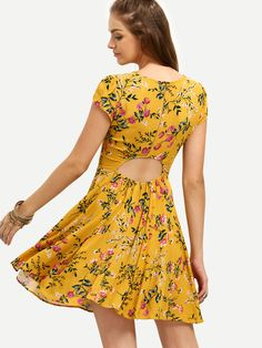 Shop Floral Cut Out Back Empire Flare Dress online. SHEIN offers Floral Cut  Out Back Empire Flare Dress   more to fit your fashionable needs. 00f426709c1