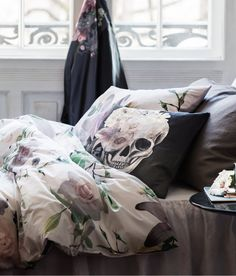 Skull and Floral Prints... i love this